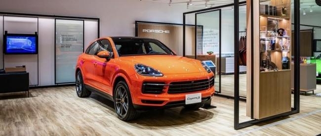 Porsche Pop Up store